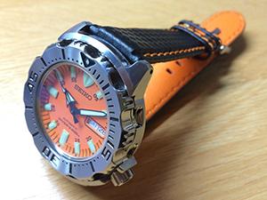 セイコー オレンジモンスター ダイバー SKX781K3とBIKING (バイキング)を組み合わせたお客様